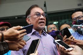 Anwar Ibrahim slams Jakim for not taking active role in 'meat cartel'  scandal investigation | Malaysia | Malay Mail