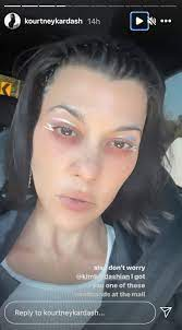 Kourtney Kardashian Gets Her Ear ...