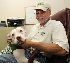 Humane Society's mascot draws attention to program - News - Ocala.com -  Ocala, FL