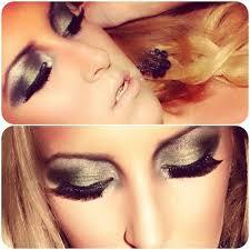 makeup eyes eyeshadow smokey eye look lashes green blue grey silver blonde hair earrings