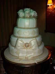 Elegant Wedding Cake 4 Tiers In Fondant Bow In Gum Paste Natural