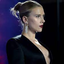 Scarlett Johansson defends comments on ...