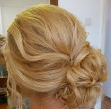 Love This Color Opgestoken Haar Pinterest Opgestoken
