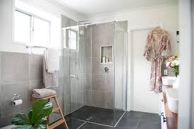 a shower screen in just 5 to 7 days