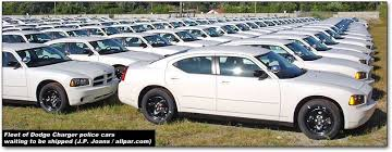 dodge charger police cars for 2011 the dodge charger squad kept the front bucket seats even though gm and ford s new cars use bench seats a rear vinyl bench rear seat is