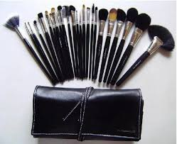brush set in leather pouch uk leather pouch pink find this pin and more on mac makeup mac 24 piece professional make