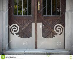 Alte Türen Griffe Verschlüsse Gitter Und Fenster Stockfoto Bild
