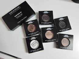 there s also a sculpting kit in 1 and six artist shadows in neutral shades there s three matte colors and one each of the satin metallic and iridescent