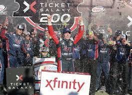 William Byron wins Phoenix as Xfinity Series field is set