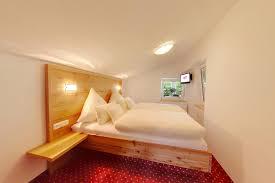 Schlafzimmer Unter Dem Dach Hotel Erlebach Wellness Und Wandern