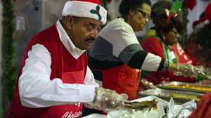 State Rep. Vernon Smith hosts about 700 for Christmas dinner at Gary's  Genesis Center - Chicago Tribune