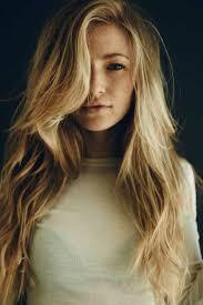 La Coupe De Cheveux Longs Pour Femme 70 Idées En Photos
