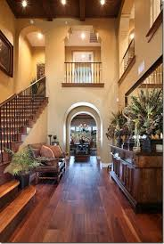 Lovely warm entrance, with open parts above to look like balconies, ahhh!