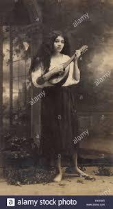 Delia Weber standing, 1918. By the studio of Abelardo Rodríguez Stock Photo  - Alamy