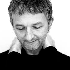 Andy White (singer-songwriter) - Wikipedia