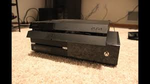 PLAYSTATION 4 vs XBOX ONE - Console ...