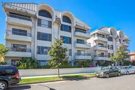 park beverly condos for in beverly hills california
