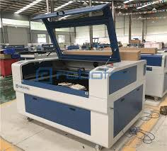 1390 fabric laser cutting machine price/co2 laser cutting machine ...