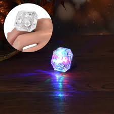 Susenstone High Quality <b>2018</b> Crystal LED Light Flashing Finger ...