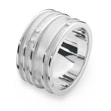 Mae Ring 16058 - Aurora Orkney Jewellery