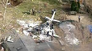 Plane crashes into Ohio home, 1 dead: FAA - ABC News