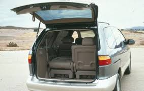 1999 Toyota Sienna - Information and photos - ZombieDrive