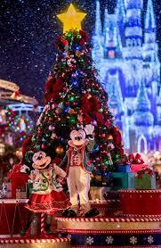 Joy Through the World! Holidays at Walt Disney World Resort Return ...