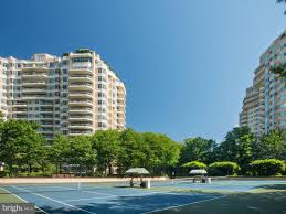 Luxury Real Estate Listings in Chevy Chase, Maryland, United ...