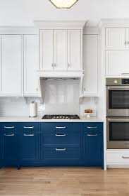 Painting Kitchen Cabinets Dark Bottom Light Top Two Tone Kitchen Cabinet Ideas How Use 2 Colors In Kitchen