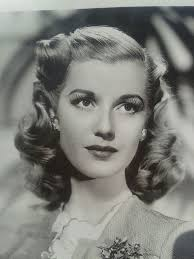 1940s hairstyles for women s to try once in lifetime