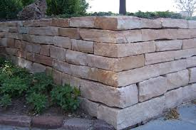 kodiak natural retaining wall stone at benson stone co in rockford il