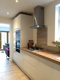 White Gloss Kitchen White Gloss Kitchen Oak Worktop Google Search Cream Wood