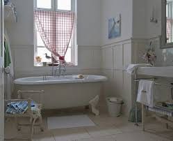 Decorating Small Bathroom Awesome Small Country Bathrooms Enchanting
