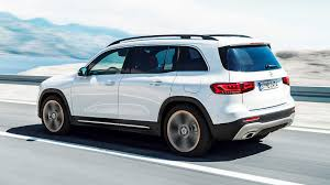 The glb's brakes are easy to modulate for smooth. 2020 Mercedes Benz Glb Class Debuts As Compact Seven Seat Suv