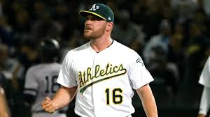 White Sox sign reliever Liam Hendriks ...