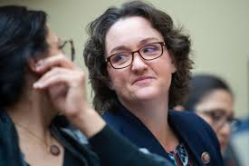 Katie Porter Called Out a Former Big Pharma CEO's Obscene Bonuses With Her  Whiteboard | Teen Vogue
