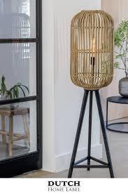Mooie Vloerlamp Welke Zeer Geschikt Is Voor Een Botanisch Interieur