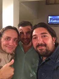 Do Vicente Amigo and Antonio Rey not grow out their thumb nails??
