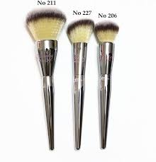 ulta makeup brushes. professional it cosmetics for ulta live beauty fully all over jumbo powder brush #211 #206 #227 makeup brushes free t