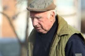 John Leslie Davies. A conman roofer has been jailed after he twice ignored a ban on carrying out work for pensioners – just months after it was imposed by a ... - john-leslie-davies-image-1-313361990-2623262