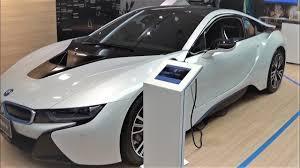 bmw i8 2 door coupé plug in hybrid sports car grand tourer gran turismo exterior and interior