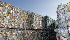 Kết quả hình ảnh cho rác nhựa ở nhật bản