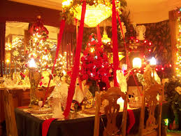 dinner table decorations christmas tables and gold