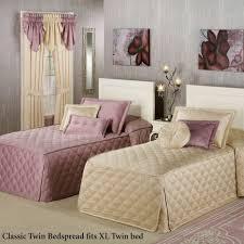 bedding purple bedspreads and comforters purple and black bedspread solid purple comforter sets purple bedroom bedding