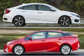 Toyota Prius Comparison Chart 2018 Honda Civic Vs 2018 Toyota Prius Which Is Better