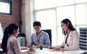 Saat interview kerja, terkadang kita ditanya, berapa gaji yang diharapkan. 12 Pertanyaan Interview Tersulit Dan Cara Menjawabnya
