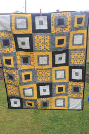 Yellow and grey quilt - see http://alittlesewandsow.blogspot.co.uk ... & Yellow and grey quilt - see http://alittlesewandsow.blogspot.co. Adamdwight.com