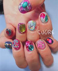 大胆にアートのように盛ってナンボの冬nail個性派designにどハマり