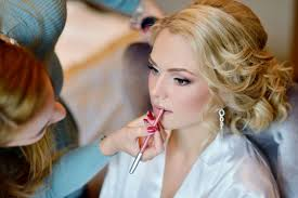 why you should invest in a makeup artist for your wedding day