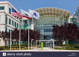apple cupertino office. Apple Incorporated\u0027s Corporate Headquarters At 1-6 Infinite Loop, Cupertino, California, USA. JMH5189 Cupertino Office
